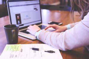 Faire appel à un auto entrepreneur pour la création du site web